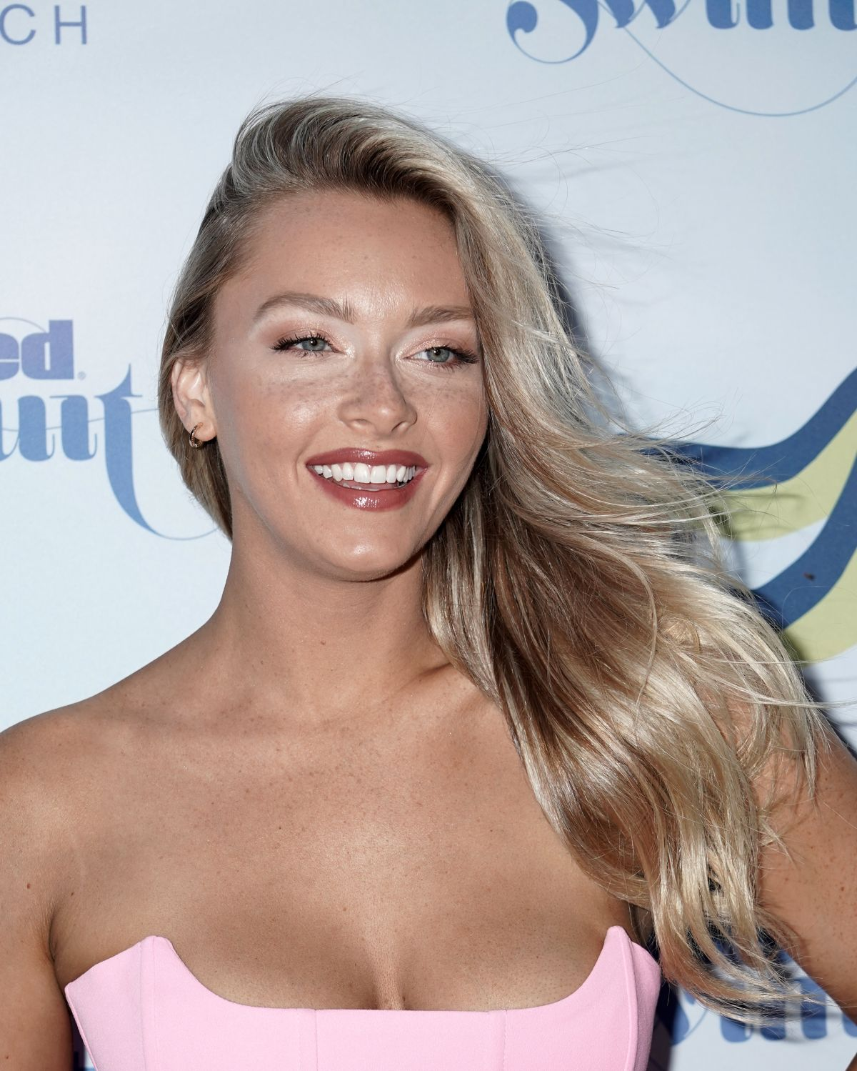 Camille Kostek Publishes Pictures Of Her Si Swimsuit Shoot: Camille Kostek Attends The 2019 Sports Illustrated
