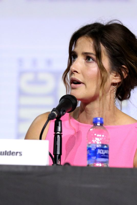 Cobie Smulders At Entertainment Weekly Women Who Kick Ass panel, Comic-Con International, San Diego