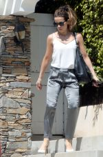 Kate Beckinsale Leaving her home in Los Angeles
