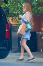 Lindsay Lohan Arrives home at Long Island, New York City