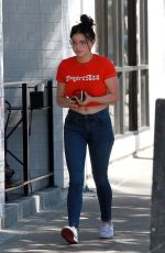 Ariel Winter Picking up lunch at Joan