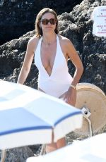 Heidi Klum Caught in Capri