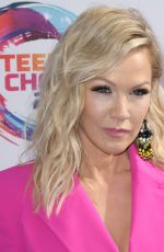 Jennie Garth Arrives at the Teen Choice Awards 2019 held at the Hermosa Beach Pier Plaza in Hermosa Beach