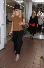 Jennie Garth Arriving at LAX