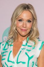 "Jennie Garth At ""Beverly Hills 90210"" Peach Pit Pop-Up in Los Angeles"