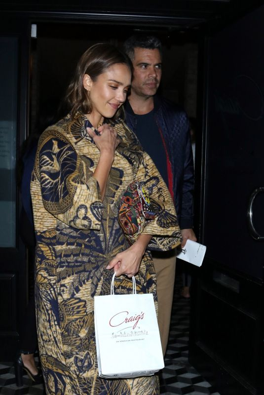 Jessica Alba At Craigs Restaurant in West Hollywood