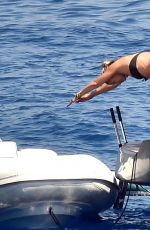 Kate Moss Is spotted on a boat with friends in Portofino