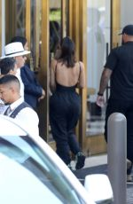 Kim Kardashian Checking into a hotel in Beverly Hills