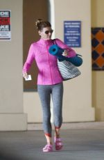 Lori Loughlin Heading to a yoga class in LA