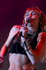 Miley Cyrus At the Sunny Hill Festival