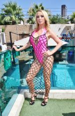 Nikki Benz Hosts a pool party at Sapphire Pool and Dayclub in Las Vegas