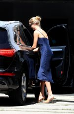 Rosie Huntington-Whiteley Going to a business meeting in West Hollywood