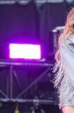 Sabrina Carpenter At Live Summer Sonic Festival in Osaka, Japan