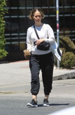 Sarah Paulson Stays cool with an iced drink on a hot day in Hollywood