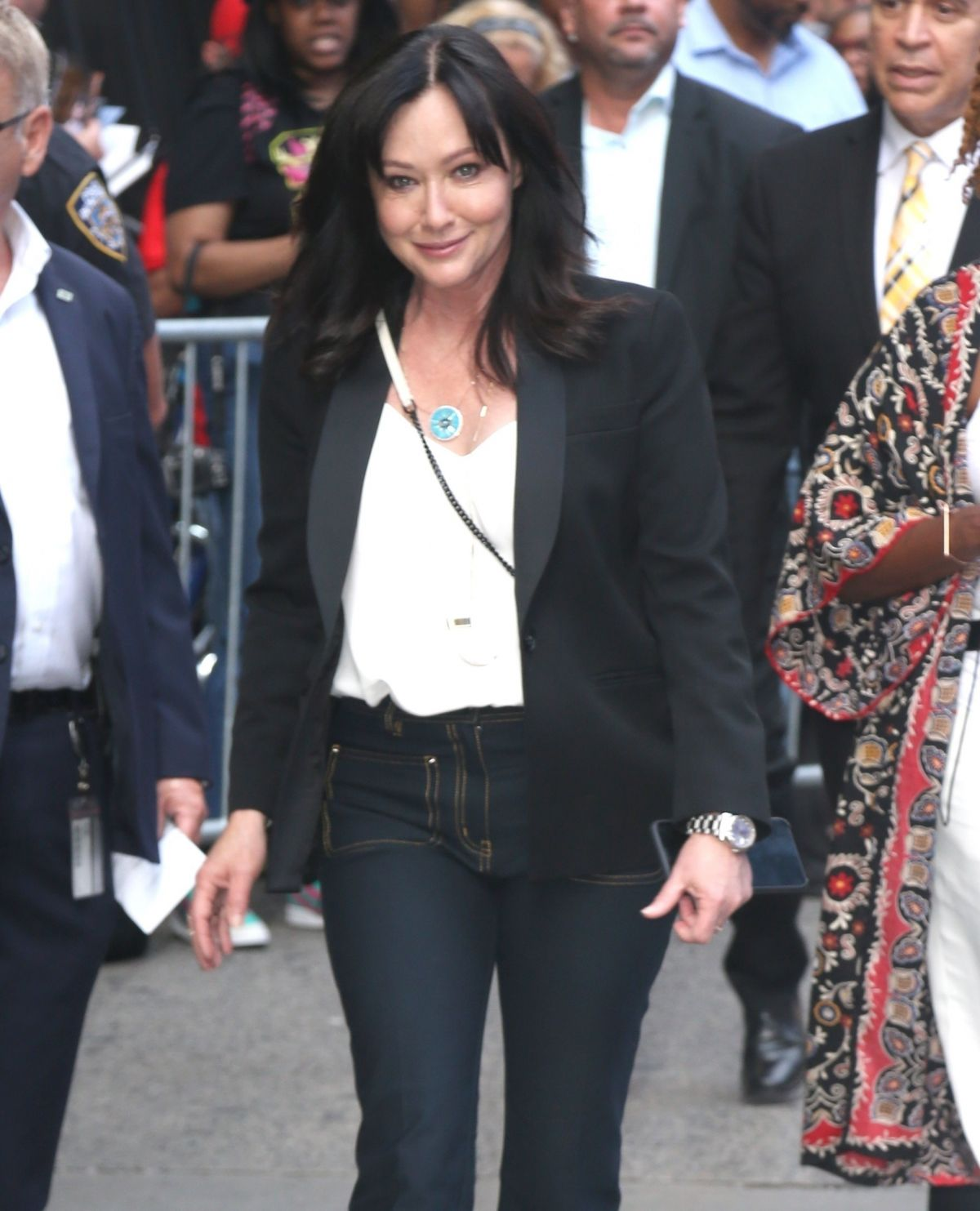 New York New York City: Shannen Doherty Arrives At Good Morning America In New