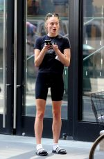 Sophie Turner Seen texting after shopping in Manhattan
