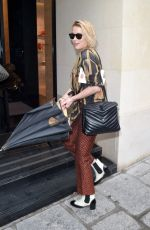 Amber Heard Shopping at the Chanel store in Paris