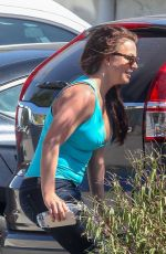 Britney Spears Spotted heading to a tan salon in Los Angeles