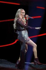 Carrie Underwood Performs at the Pepsi Center in Denver