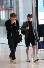 Charlie Heaton and his girlfriend Natalia Dyer arrive at CDG airport in Paris