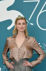 Elizabeth Debicki At