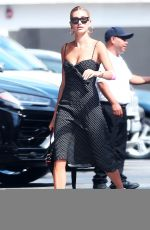 Hailey Baldwin Out running errands in Los Angeles