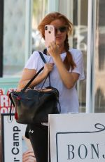 Isla Fisher Steps out for Wednesday gym session in Studio City
