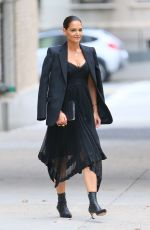 Katie Holmes All prepped for a fashionable event at Zimmermann in NY