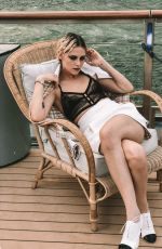 Kristen Stewart - Paris Match - France