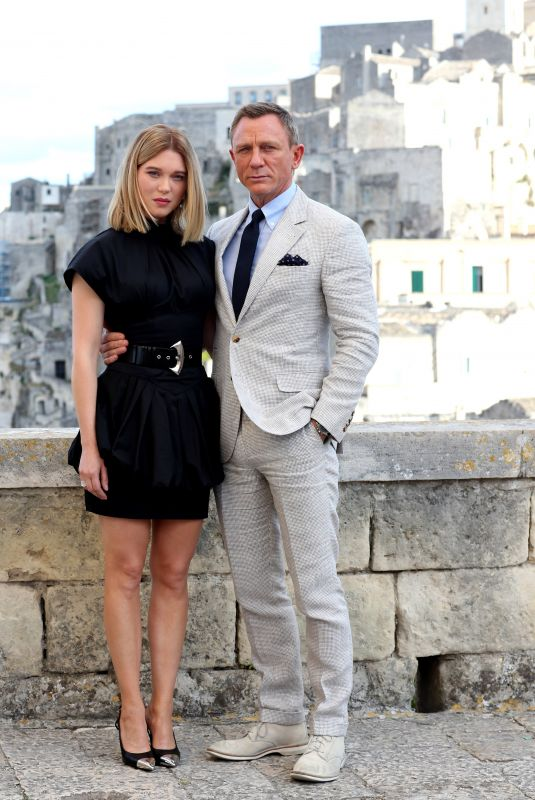 Lea Seydoux On location in Italy for the up-coming James Bond action thriller No Time To Die