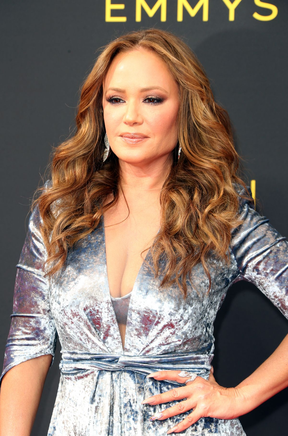 Leah Remini Arrives at the 2019 Creative Arts Emmy Awards