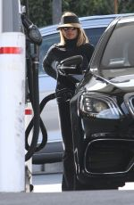 Lori Loughlin At a gas station in West Hollywood