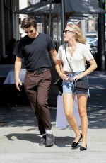 Maika Monroe & Joe Keery On a shopping outing together at Sandro in Beverly Hills