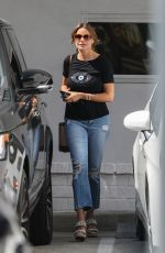 Sofia Vergara Stops by fancy Obagi Skin Health Institute in Beverly Hills