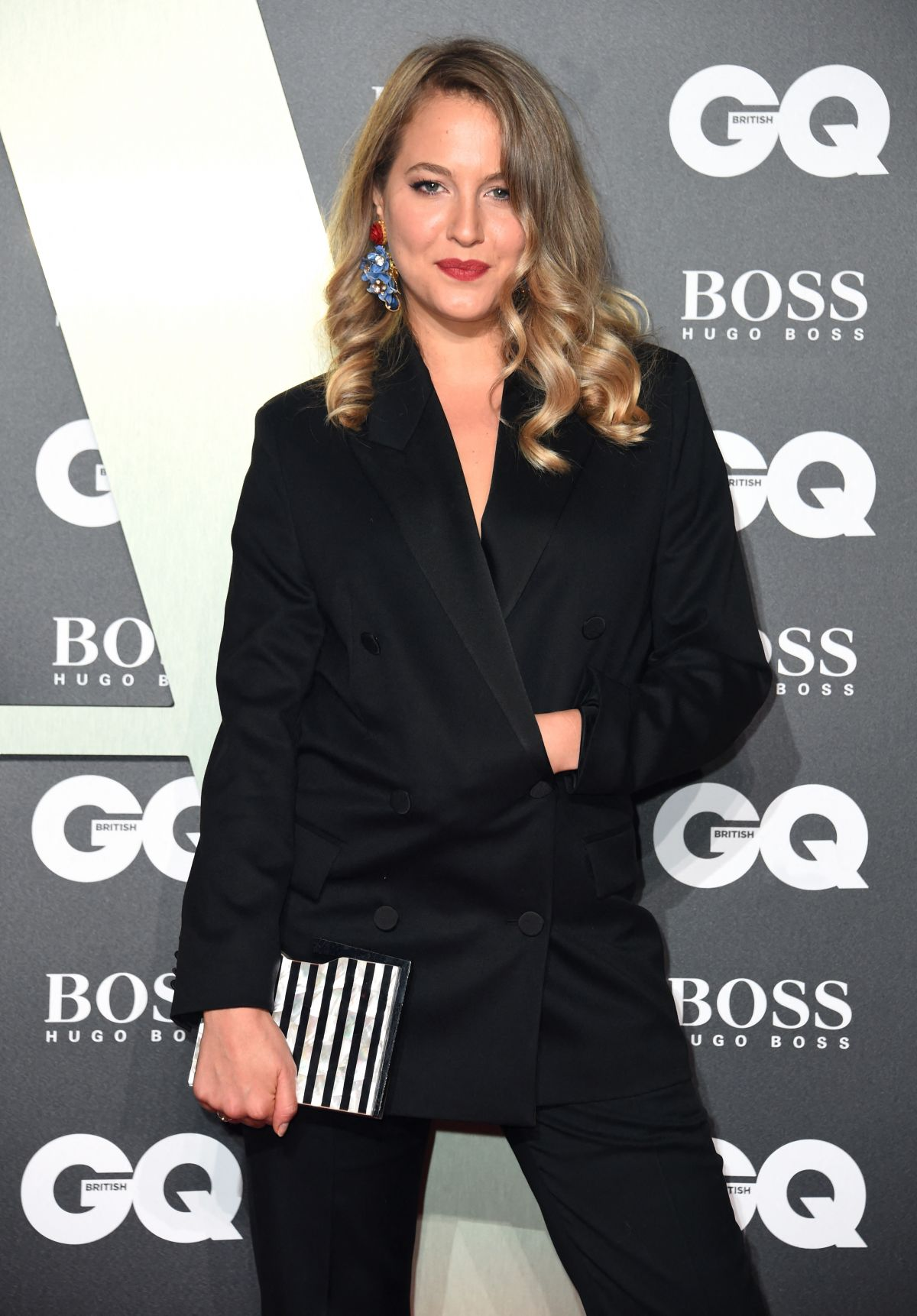 Tess Ward Arriving at the GQ Men of the Year Awards 2019 in