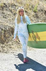 Tori Spelling On her way to a surf lesson in Malibu