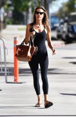 Alessandra Ambrosio Going to a pilates class in LA