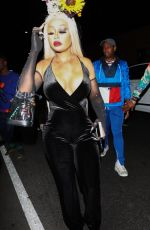 Blac Chyna Arrives at a party at the Highlight room