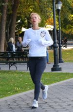 Claire Danes Sweats her way as she goes for an early morning jog in NYC