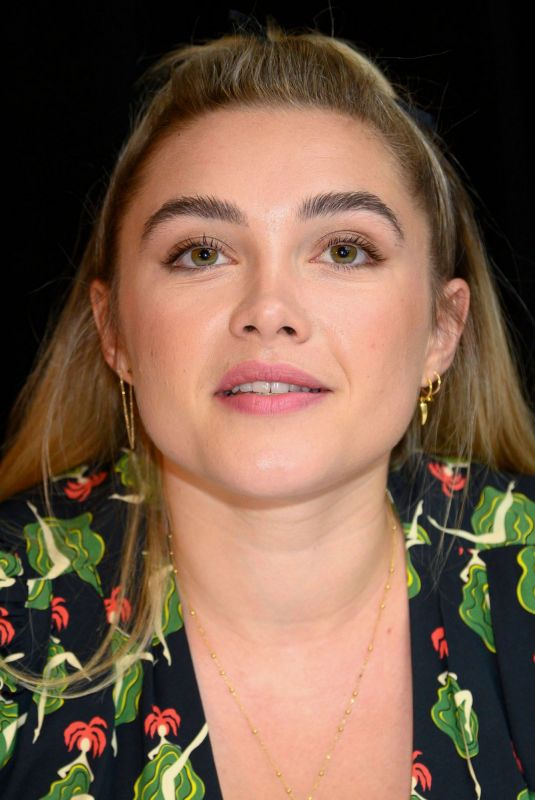 """Florence Pugh At """"Little Women"""" Press Conference in LA"""