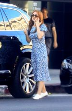 Isla Fisher Shopping in West Hollywood