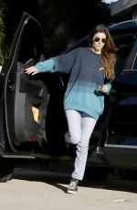 Jamie-Lynn Sigler Out and about in Los Angeles