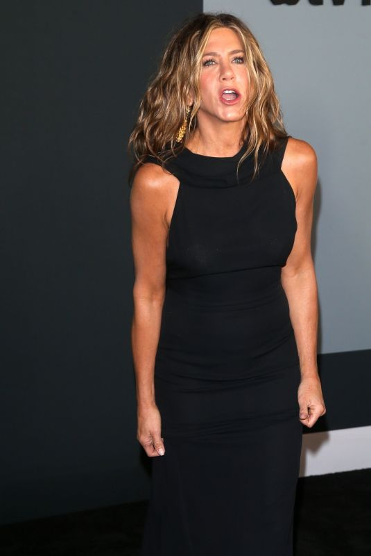 Jennifer Aniston Attends the premiere of