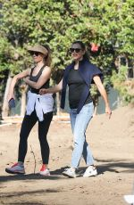 Jennifer Garner Checks out one of her real estate investment properties in Brentwood