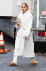 Jennifer Lopez Carrying her favorite coffee cup on the set of
