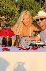 Jenny McCarthy On holiday in Turks and Caicos