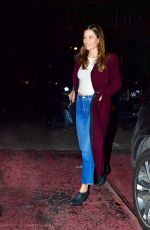Jessica Biel Looks stylish as she steps out for dinner with her friends in New York