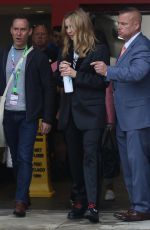 Jodie Comer Is androgynous-chic making a quick arrival to New York Comic Con