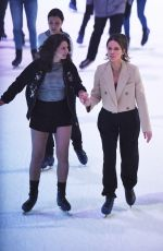 Kate Beckinsale Ice skating in NYC