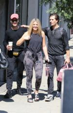 Lauren Alaina Hams it up for the cameras in Los Angeles